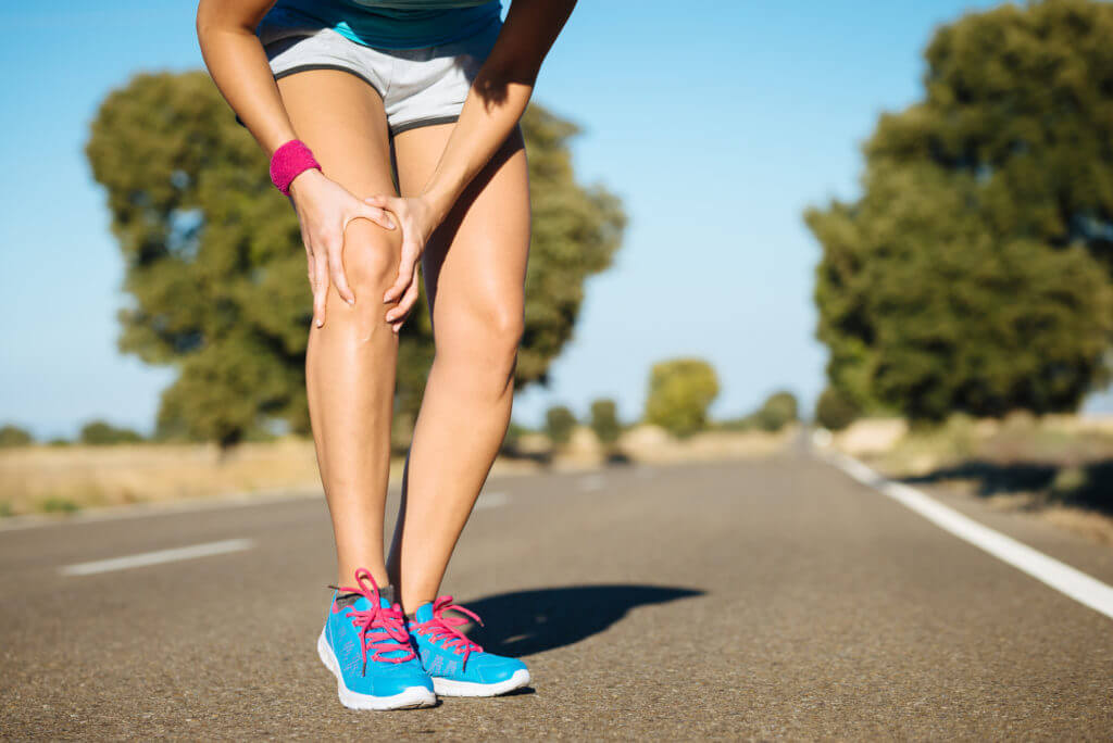 Total Joint Replacement & Reconstruction Central AZ Orthopaedic Services Female runner knee injury and pain.